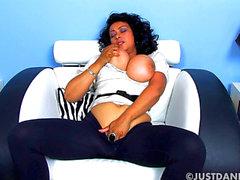 Donna Ambrose Tetas grandes Masturbación HD Escenas de películas porno