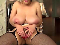 big boobed babe nice lips hairy pussy wanks with dido