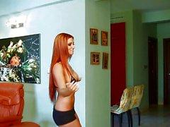 Di Ashley la Bulgari giocando kinect del