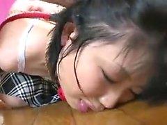 Сексуальная маленькая азиатская задница