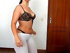 Diana do Cu de Melancia - SOLO - Sozinha em Casa