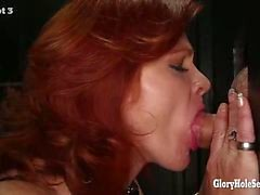 Gloryhole Secrets зрелые Redhead ласточки диплом