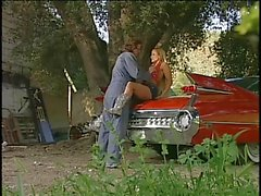 Casal rancho Horny em ação ao ar livre