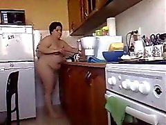 Bbw brunette girlfriend cooks meal naked in home