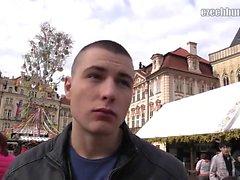Есть действительно хорошие весенние рынки вокруг Праги, так что я