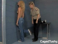 prison guard punishes new girl in jail