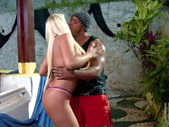 Interracial fuck with tanlned brazilian MILF Cinthia Santos