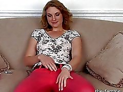 Amateur Likes Anal When She Masturbates to Orgasm