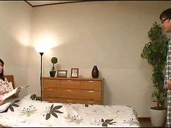 Волосатая японская киска трахал хардкор
