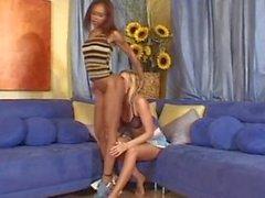 Strapon Lesbians.com 4