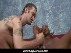 Homosexuell Hardcore Gloryhole Sex Pornos und unangenehme Homosexuell Handjob zwölf