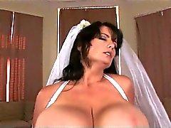 Groß Brüsten Hochzeits - Größere