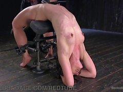Pesado Bondage E Caning