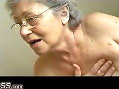 Бабуля дрочу волосатого используйте киска пенис