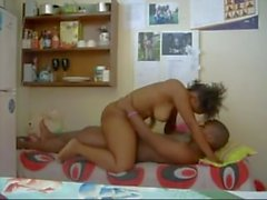 Zambiano estudante UNZA ser fodida em seu quarto compartilhado, prostituta zambiana