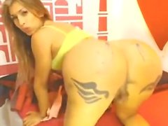 JoanneEyes aka Sofia Maldonado - Shemale Big Booty Shaking