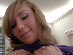 Jessica Lux gets mercilessly mouth fucked