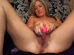 Her climax is concentrated on by solo camera MILF