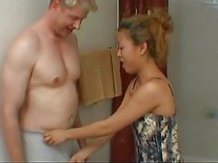 Petite asian whore perform a sloppy blojob