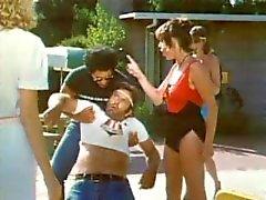 Olika Sommar Läger Girls ( 1983 )