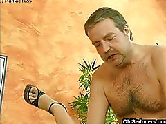 Chick assfucked by grandpa