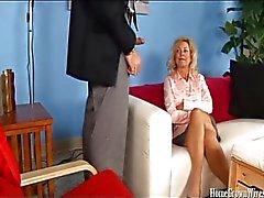 Calientes esposa de follada por a su Médico Terapia