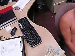 Nackte Mann an Auto Typ endet als mit der Arschfick fucky - fucky drei