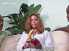 Ginger babe blowjob scene
