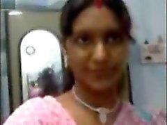Sexy do Norte da Índia Boobs Aunty