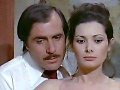 Edwige Fenech - La signora GIOCA beneScopa ( 1974 )