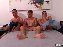 Big Dick Homosexuell Dreier mit Gesichtsbehandlung