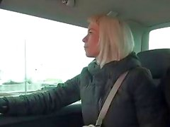 Cheating wife fucks a stranger in traffic