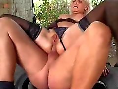 mature woman gets fucked in the ass