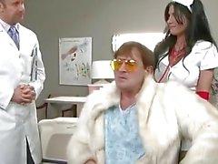 Rebeca LInares porno Hardcore en Krankenhaus