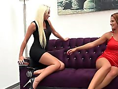 Hot Lesbians Lick Pussy And Share Their Piss