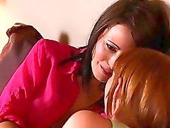 Maria McCray dispone di un certo sesso lesbico