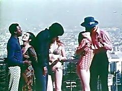 Черные мужские ебать белых девушек ( 70-е )