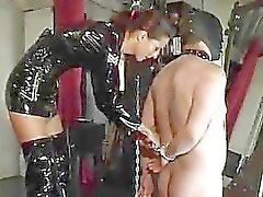 femdom saphiraspanks black magic pela An0nym0us