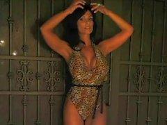 Reizvolles Denise Milani Tigress - Non Nackt