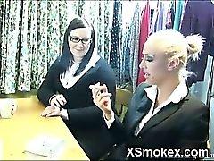 Explicitement Ados fumeurs de porno XXXe