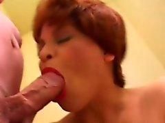 horoz aç preggo sıcak oral seks verir