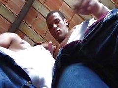 Zwei großen Schwänze Latino Jungen, die Hot Sex
