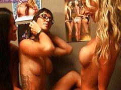 Janessa Brazil einer Schicksal Dixon Lesbisch 3some