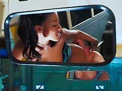 Sıcak Asyalı Kız Otobüs üzerinde Gets Fucked