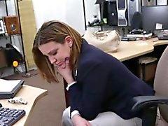 Tittyfucks blanco brunette Bigtit en los montepío