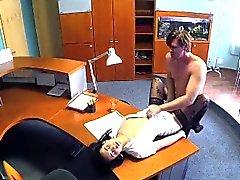 FakeHospital Liikemies joutuu viettelee hoitajalle sukkia