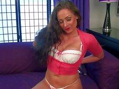 Dirty girl Sophia Delane in live cam action