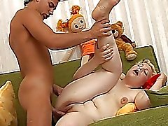 20yo chubby opens her legs and gets drilled hard