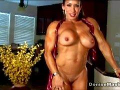 Denise Masino - Alpha buceta - Female Bodybuilder