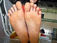 Vietnamese woman soles